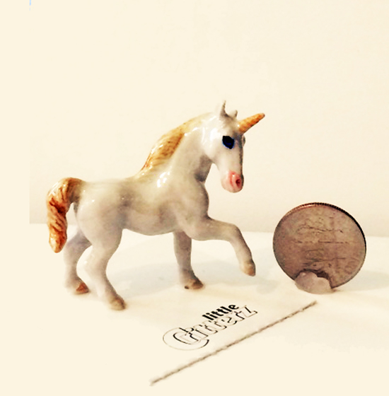 Magic Unicorn Little Critterz and dime