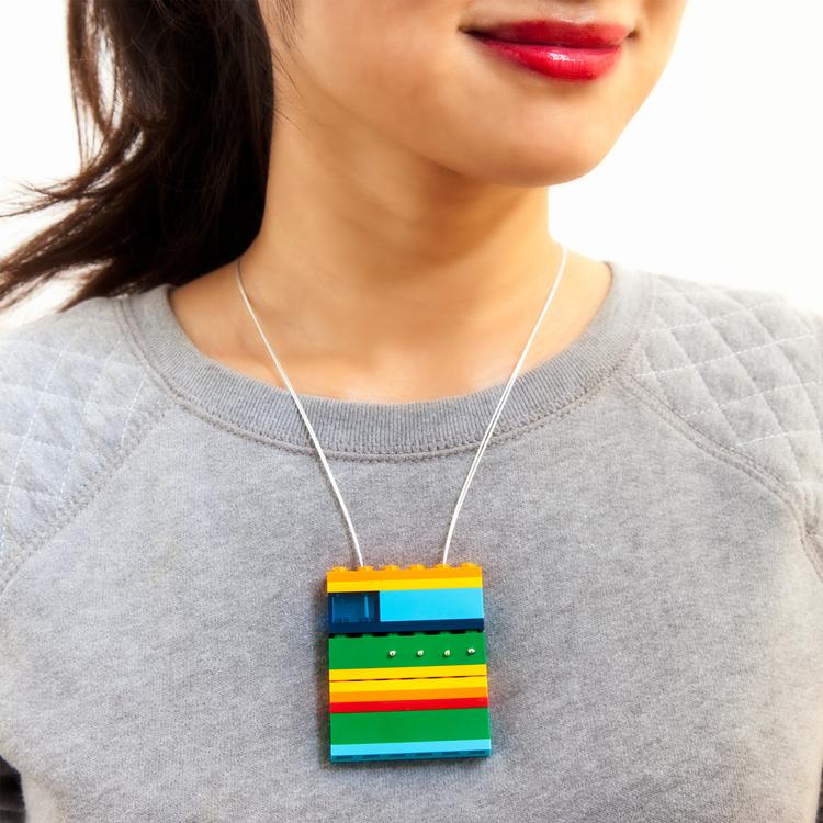 1x6-lego-necklace-emiko-oye-a