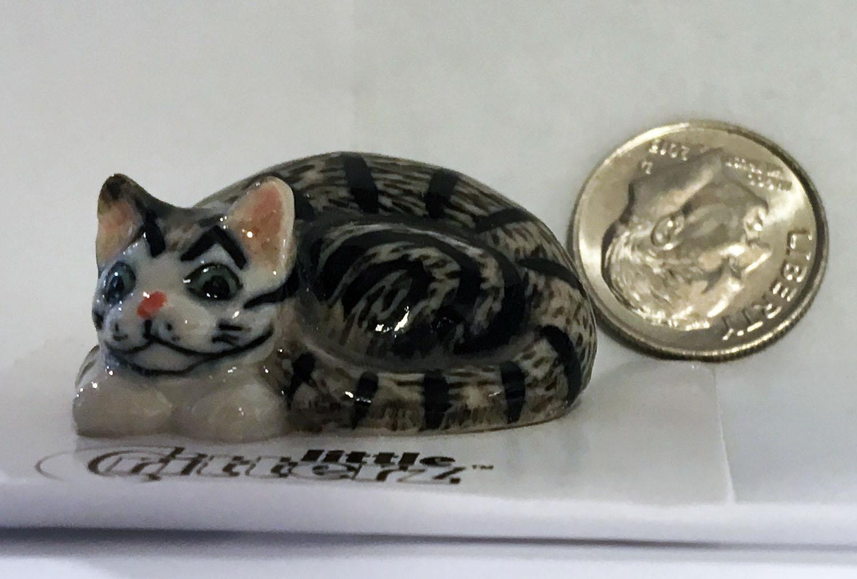 small ceramic cat