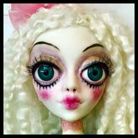 Doll Artists October Show at Art Of Toys
